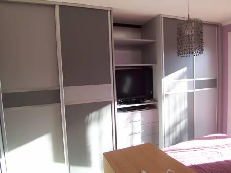 faire un placard sur mesure soi meme maison design. Black Bedroom Furniture Sets. Home Design Ideas